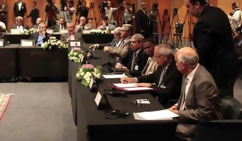التوقيع بالأحرف الأولى لا يتعدى حبرا على ورق.. وتتواصل الأزمة في ليبيا
