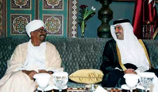 النظام السوداني يحتفل بإنجاز اتفاق الدوحة  وانتهاء أجل السلطة الإقليمية لدارفور