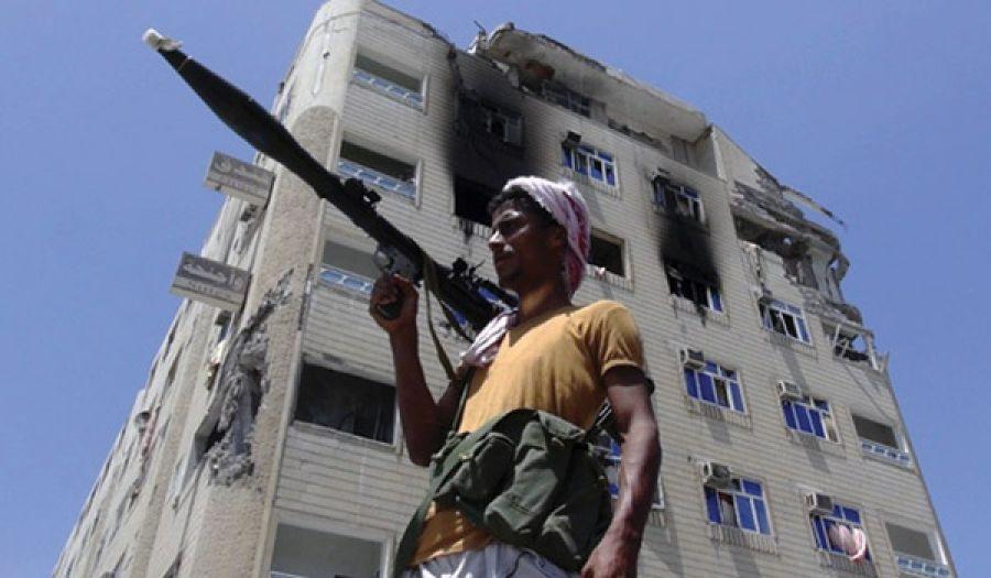 المعارك العسكرية مستمرة في اليمن ولا حل يلوح في الأفق