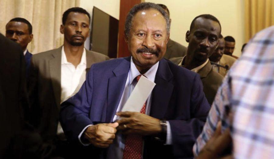 الحكومة الانتقالية في السودان  تحس بالخطر وتقوم بإجراءات لإطالة عمرها