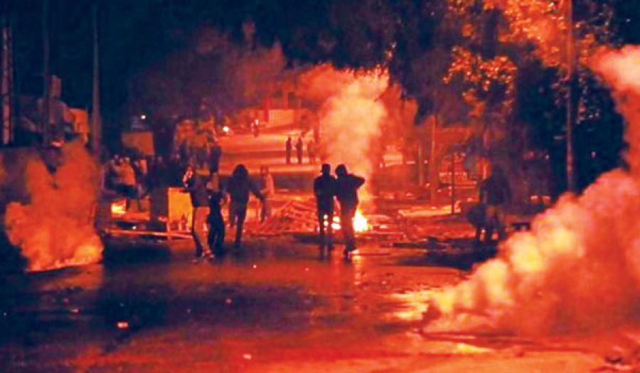 حكومات ما بعد الثورة أسلمت ثروات تونس للمستعمر  وتحمل الناس مسئولية عمالتها