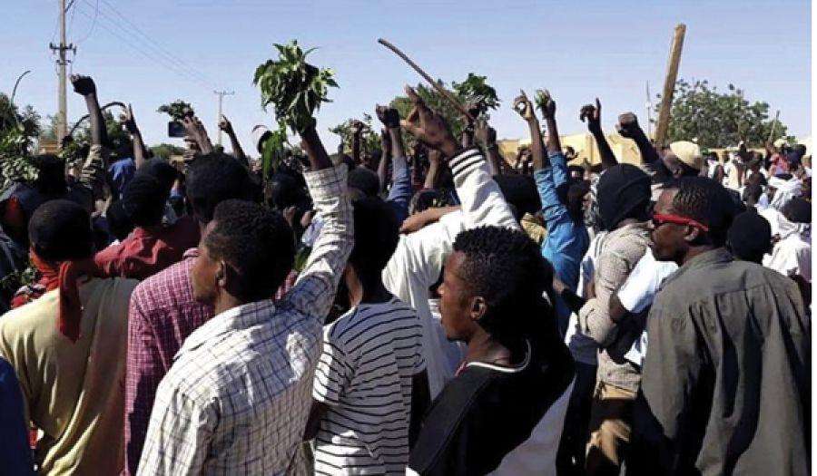 لعنة الثورة غير الواعية تلاحق السودان