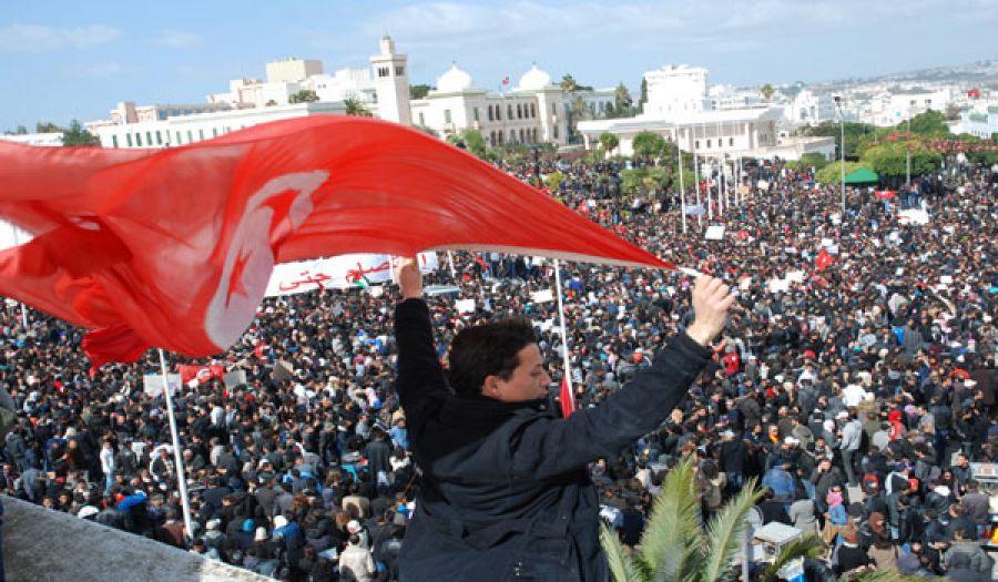 محطات من عمر ثورة تونس في ذكرى انطلاقتها السادسة
