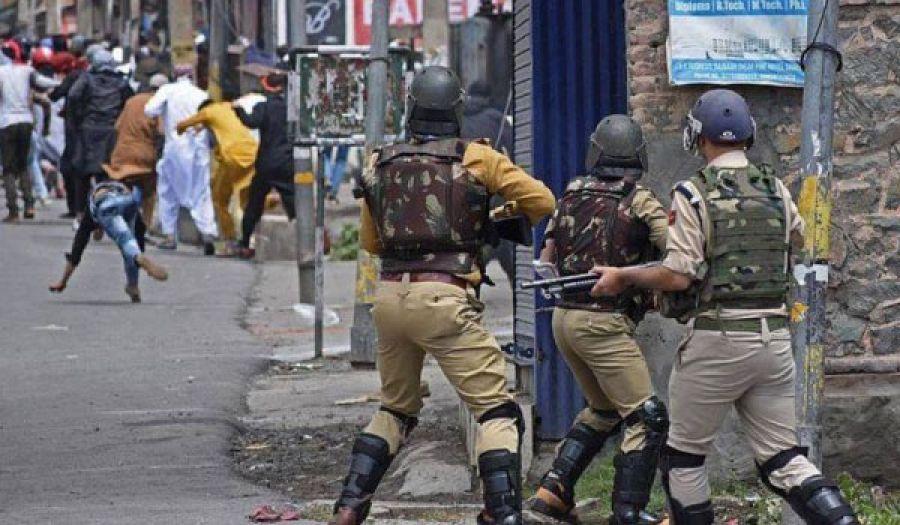 تخاذل النظام الباكستاني شجّع الهند على المزيد  من اضطهاد مسلمي كشمير المحتلة