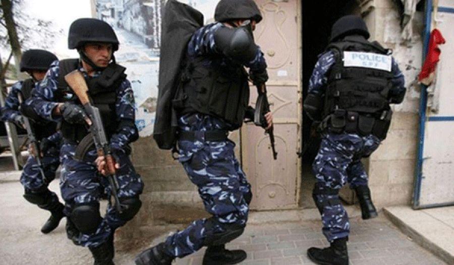 السلطة تواصل حملتها وغطرستها على شباب حزب التحرير