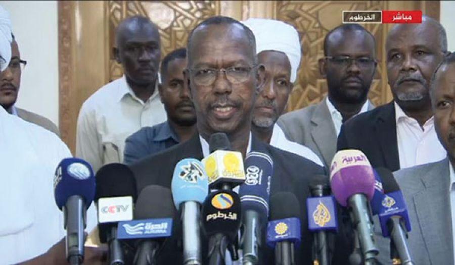 حكومة السودان الأفعى تغير جلدها حتى لا تهلك!