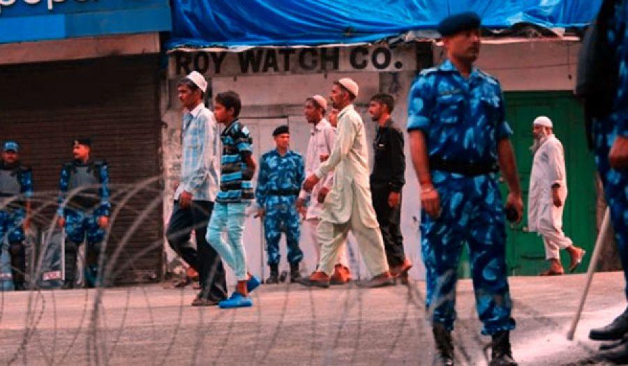 الهند تمنع صلاة الجمعة في كشمير المحتلة  وباكستان مستعدة لتسوية سلمية!!