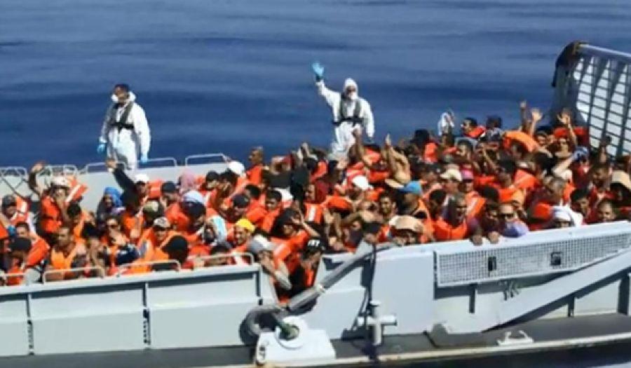 المُهَّجرُونَ عبر البحار... هل ضاقت بلاد المسلمين على أهلها..؟!