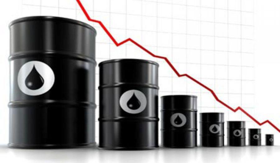الآثار الاقتصادية لانخفاض أسعار النفط والعقوبات الغربية على روسيا