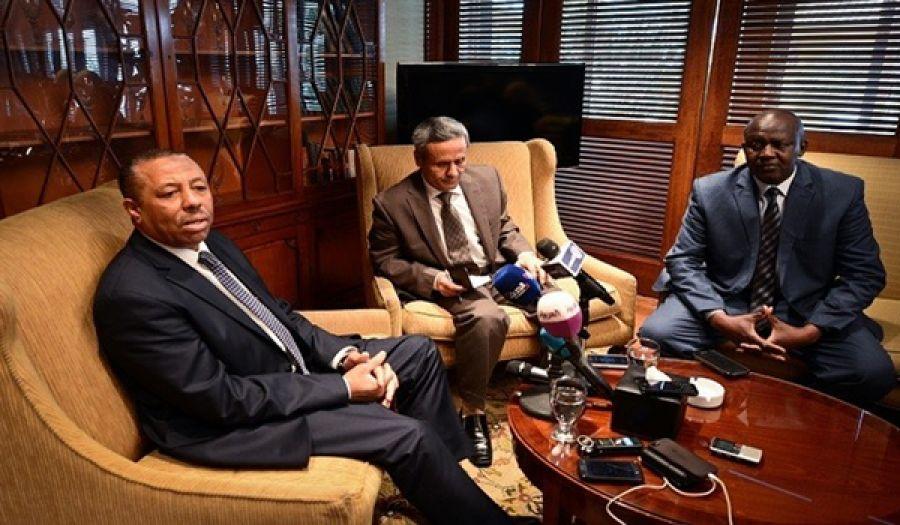 """مصر تدخل على خط """"الحل السياسي"""" للأزمة الليبية لتنفيذ الرؤية الأمريكية"""