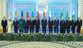انضمام الهند وباكستان لمنظمة شنغهاي للتعاون  يرفع من وتيرة الصراع من أجل السيطرة على أوراسيا