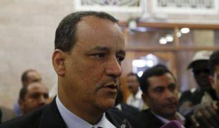 الحكومة اليمنية: محادثات بين الحوثيين ومسؤولين أمريكيين في عُمان