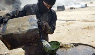 رجل أعمال سوري يرتب صفقات النفط بين تنظيم الدولة والنظام السوري